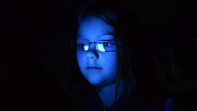 """S fenoménem """"modrých tváří"""" se v době internetu, Facebooku a mobilů setkal snad každý táborový vedoucí... (ilustrační foto Roman Buchtel – Růža, Klub Pathfinder)"""