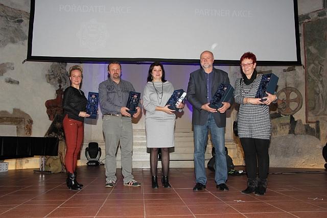 Laureáti Ceny Přístav 2017 (zleva): Stáňa Kantorová (převzala cenu za Tiskárnu Printo), Josef Šusta, Dana Prudíková, Miroslav Hrdina a Vlasta Vasková (foto Marek Krajči)