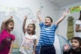 Důvod k radosti mohou mít i děti v Předškolním klubu Člověka v tísni v pražském Karlíně (foto Iva Zímová)