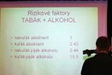 Jeden z tzv. slajdů, promítaných během prezentace na tiskové konferenci Ligy proti rakovině Praha (foto Jiří Majer)