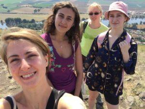 Dobrovolnice. Projekt Camphill je organizován pod hlavičkou programu Evropského sboru solidarity (ESC), který finančně podporuje mladé lidi ve věku 18 až 30 let v zapojení se do dobrovolnictví (foto INEX-SDA)